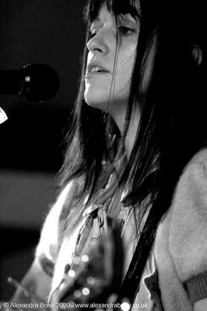 Ann Scott - Flo